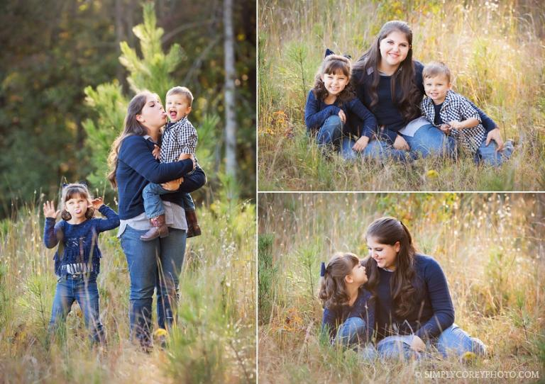 Outdoor sibling photos by Atlanta family photographer