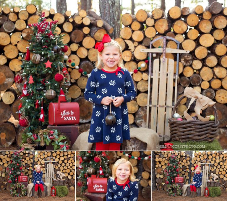 outdoor Christmas mini session by Newnan children's photographer
