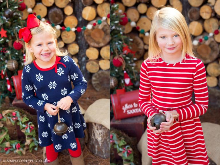 outdoor Christmas mini session by Atlanta children's photographer
