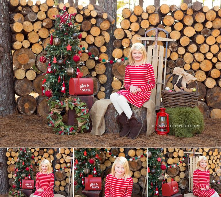 outdoor Christmas mini session by Carrollton children's photographer