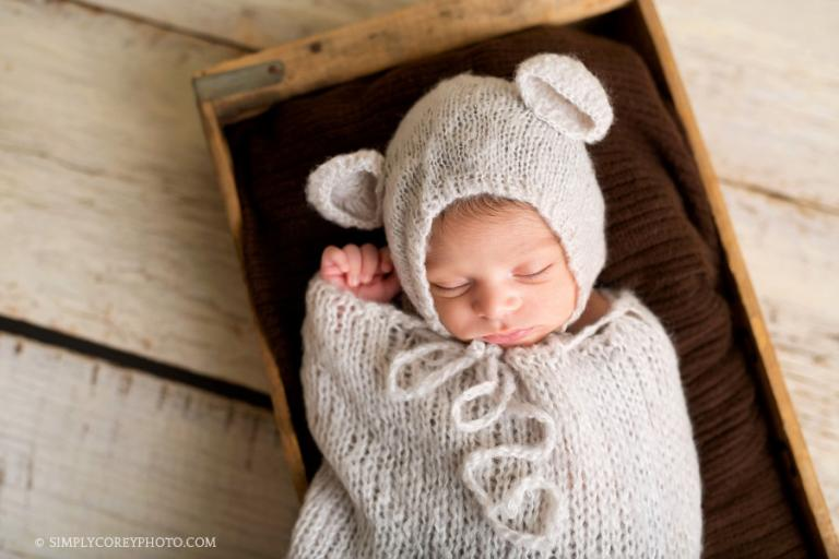 baby boy in bear hat by Atlanta newborn photographer