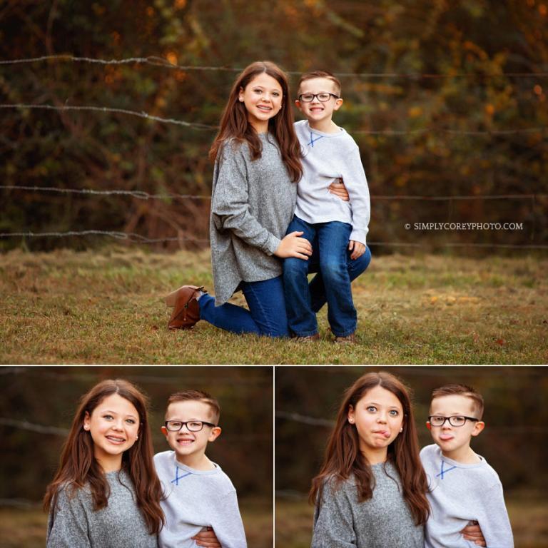 Douglasville family photographer, sibling portrait outside