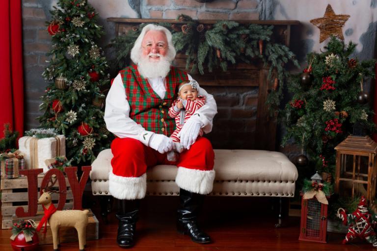 Atlanta Santa Claus mini session photographer, baby photography