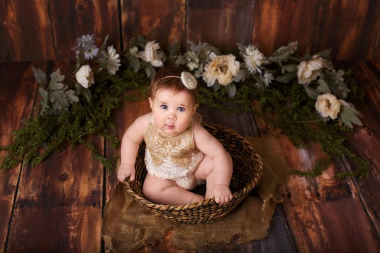 Atlanta baby photographer, studio milestone mini session