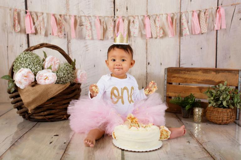 Newnan cake smash photographer, baby girl in a pink tutu