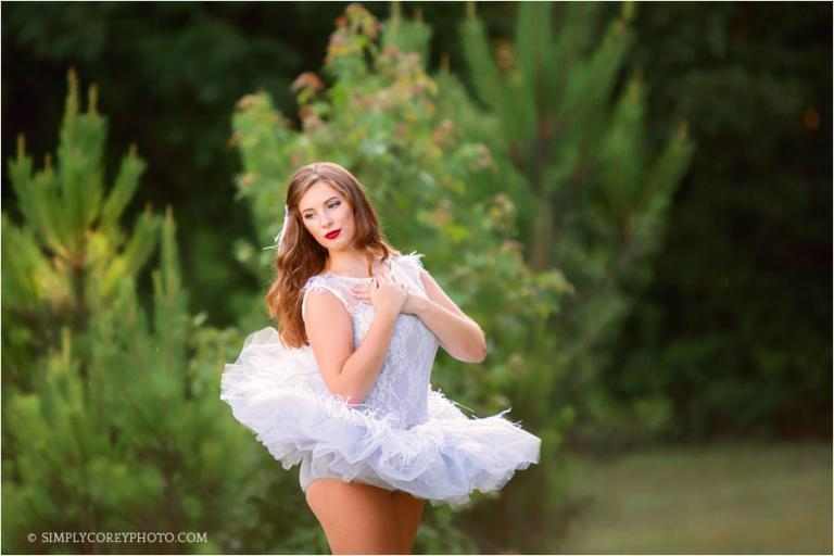senior portrait photographer Carrollton, Georgia; teen ballet dancer outside