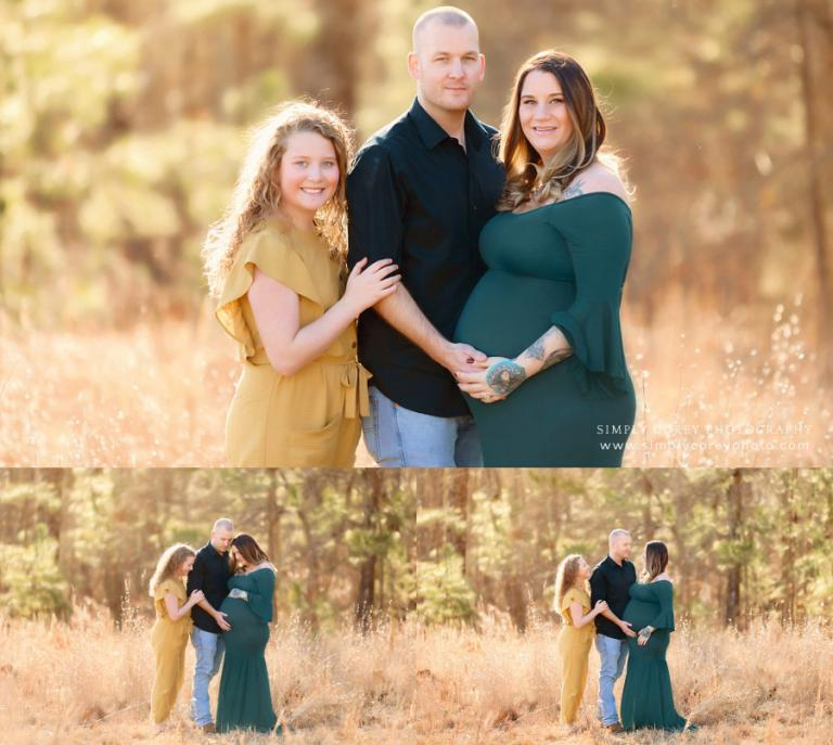 Carrollton maternity photographer, family outside in golden field